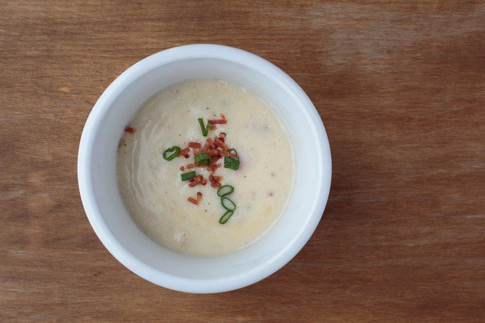 Cheesy Ham & Potato Soup